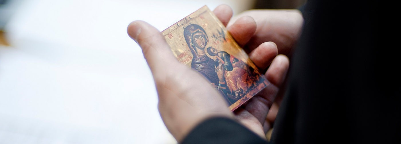 Сила против греха была в каждом, но лишь Богородица избежала болезни