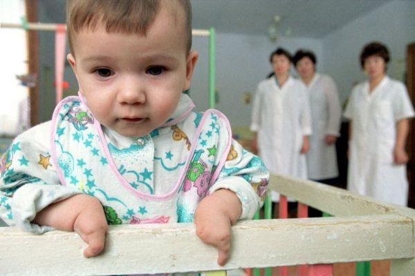 Равен ли депутат ребенку-инвалиду