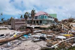 """Россия готова помочь странам, пострадавшим от урагана """"Ирма"""""""