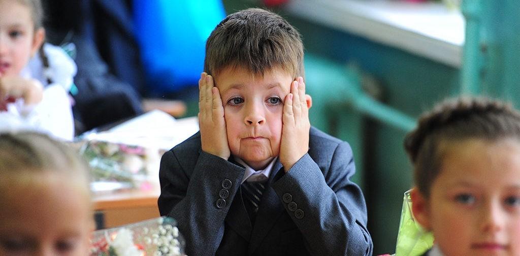 Две недели слез и протестов: первоклассник пошел в школу