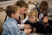8 мальчиков и 1 девочка: зачем американка Лиза осталась в Сибири