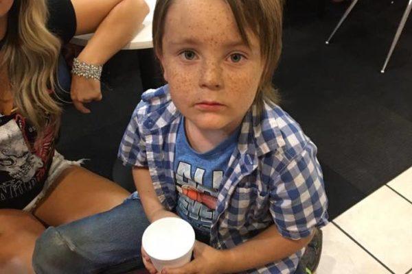 Стрельба в Лас Вегасе: пятилетнему мальчику помогли найти родных