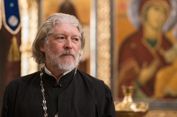 Протоиерей Алексий Уминский: Мы в Церкви постольку люди, поскольку друг другу нужны