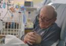Дедушка из детской реанимации: каждый младенец запомнит его
