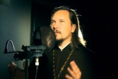 Митрополит Иларион одобрил творчество священника, который читает рэп