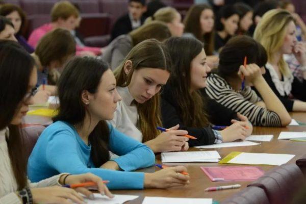 Преподаватель МГУ призвала провести проверку заданий Всероссийской олимпиады по русскому языку