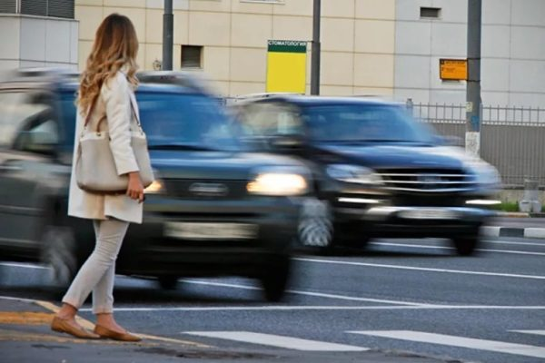 """Увеличены штрафы для водителей, не пропустивших пешеходов на """"зебре"""""""