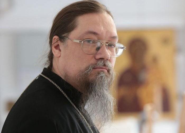 Архимандрит Лука (Головков): Не в каждом храме найдешь икону, на которую можно молиться