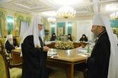 Патриарх малый господин обеспокоен попытками украинских политиков втереться во конъюнктура Церкви