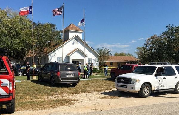 Неизвестный расстрелял прихожан церкви на юге Техаса
