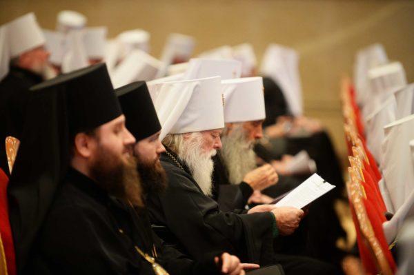 Архиерейский Собор утвердил Положение о монастырях и монашествующих