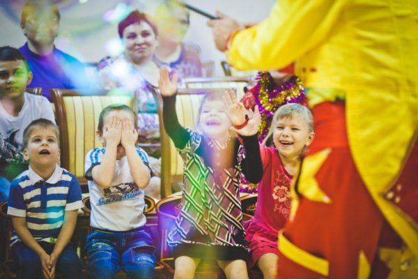 Пермяки исполнят новогодние мечты детей-сирот