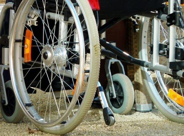 ВПетербурге отстранили отработы служащих кафе, которые выгнали инвалида