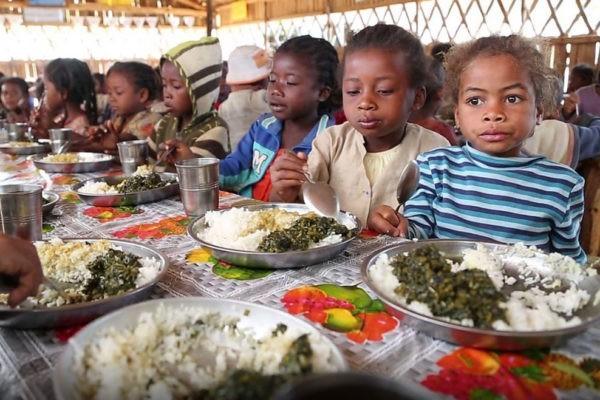 Россия спишет долг Мозамбику, чтобы накормить 150 тыс. голодающих детей