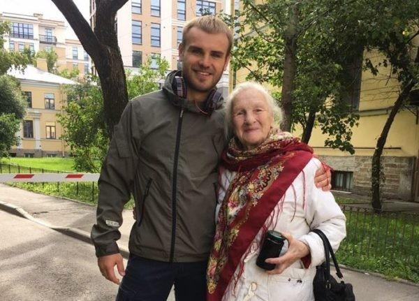 Российские спортсмены снялись в социальной рекламе волонтерского движения