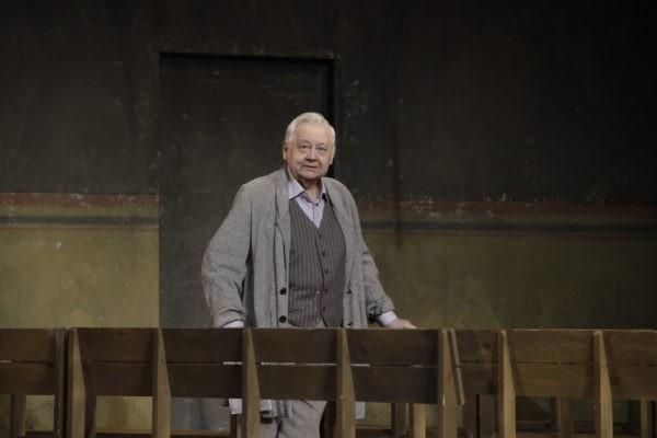Актер Олег Табаков госпитализирован в реанимацию