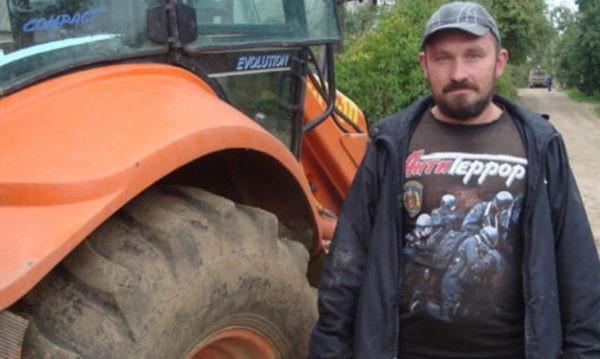 Смоленского тракториста наградят за смелость при спасении тонущего ребенка