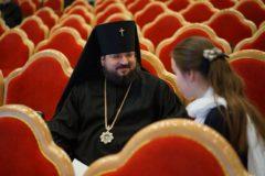 Архиепископ Роман: В соцсетях сегодня находится большая часть нашей паствы