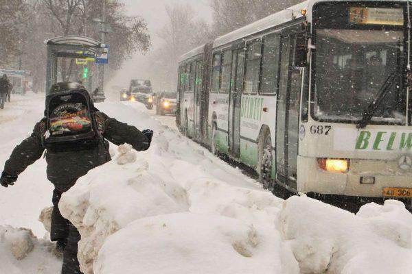 В «Мострансавто» запретили высаживать из автобусов детей без билета