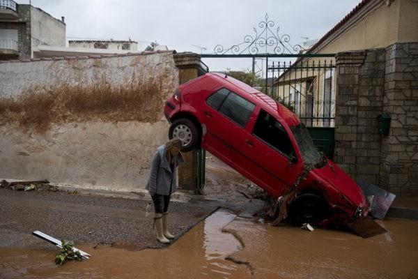 Патриарх Кирилл направил соболезнования в связи с наводнением в Греции