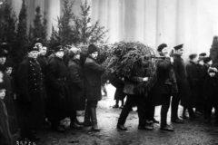 Первое Рождество после Революции