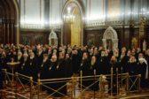 Архиерейский Собор призвал благопоспешать христианам, страдающим с войны либо — либо терроризма