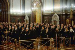 Архиерейский Собор призвал помогать христианам, страдающим от войны или терроризма