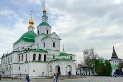 В Данилов монастырь будут принесены мощи святых мучениц Веры, Надежды и Любови