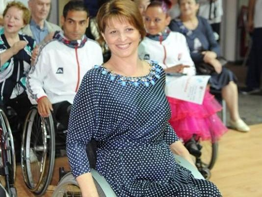 Родители детей-инвалидов вступились за чемпионку мира по танцам на колясках