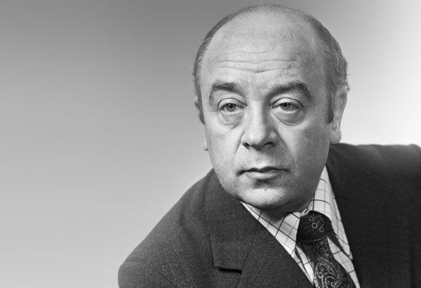В театре «Ленком» простятсяс актером Леонидом Броневым