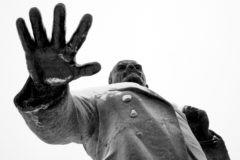 Заветам Ленина верны: почему не надо сносить памятники революционным деятелям