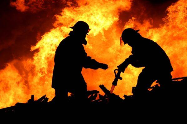 Крупные пожары в Нью-Йорке и Мумбаи, есть погибшие