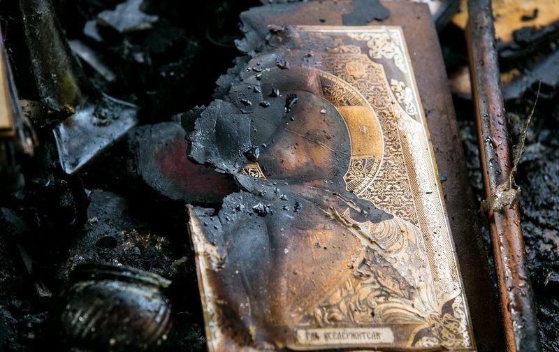 Храм в честь Донской иконы Божией Матери в Ростове-на-Дону: до и после поджога (фото)