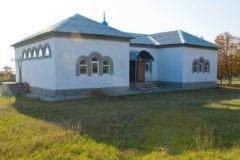 На Донбассе во время службы в православный храм попал снаряд