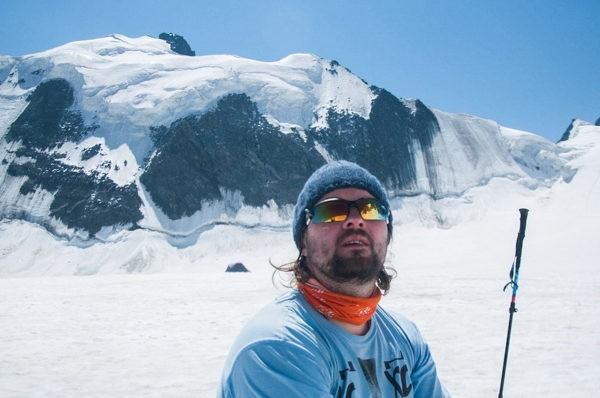 Священник Александр Лемешко: В горах нельзя сесть на маршрутку и поехать домой