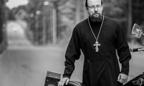 Священник Сергий Лабунский: Мотоцикл - не надуманный повод поговорить о вере