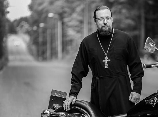 Священник Сергий Лабунский: Мотоцикл — не надуманный повод поговорить о вере