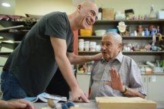 Художник Саша Галицкий: Я боялся преподавать старикам и острых стамесок в их руках