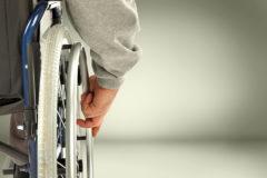 Путин поручил усовершенствовать процедуру оформления инвалидности