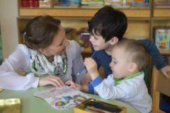 В нескольких регионах России дети-инвалиды не могут получить лечебное питание