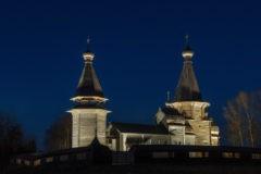 В Кенозерье отреставрировали уникальный деревянный храмовый комплекс