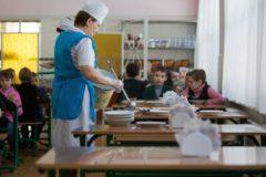 В Хабаровске более ста детей подхватилив школе кишечную инфекцию