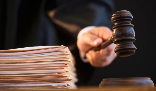 Жительнице Приморья грозит 7 лет тюрьмы за убийство мужа при защите от его побоев