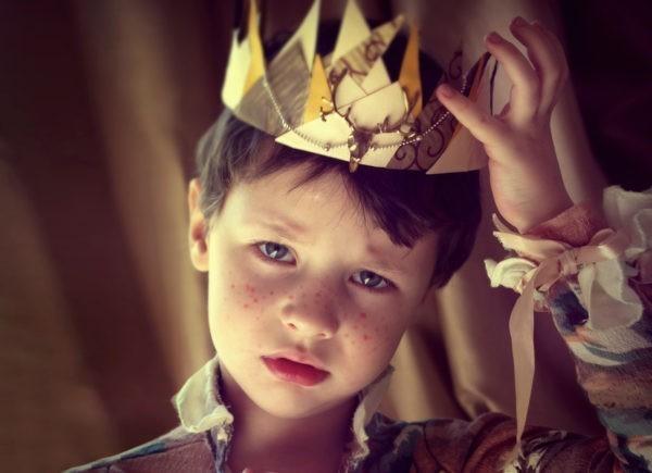 Дети правят миром, получают все и не знают слов «надо делать»