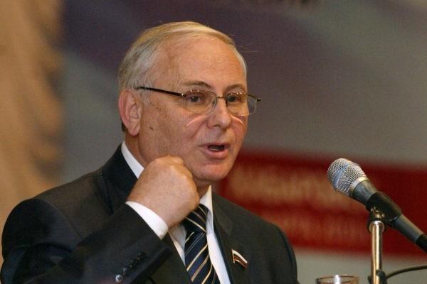 Умер журналист и бывший депутат Госдумы Борис Резник