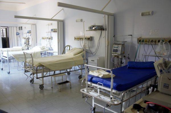 Врачебное сообщество Омска выступило в защиту хирурга, обвиняемого в смерти пациентки