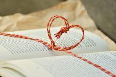Детские дома, колонии и хосписы ждут книги в дар