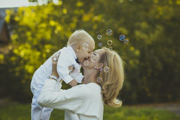 Запущен флешмоб в поддержку материнства