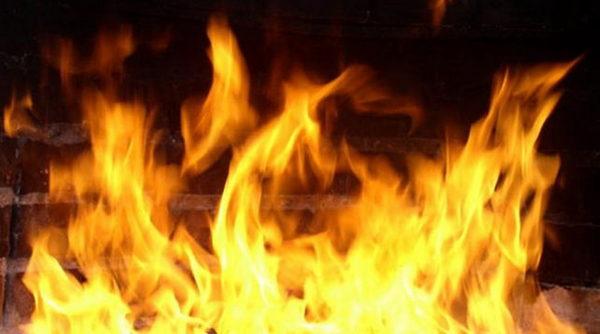 Златоустовец спас из огня двух пожилых соседей