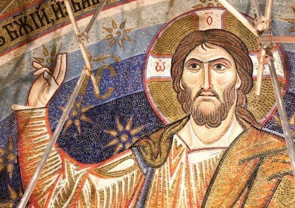 Закончена работа над мозаикой купола главной церкви Белграда – ее создали российские художники